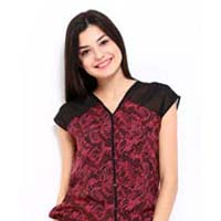 Polyester Blended Half Sleeve Top