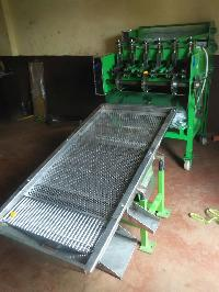 Automatic Cashew Nut Cutting Machine