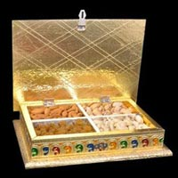 Handcrafted Dry Fruit Boxes