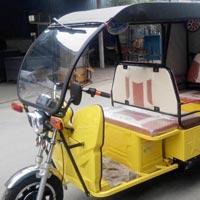 Tom Tom E Rickshaw