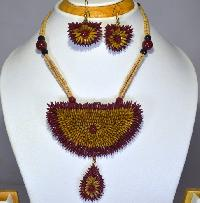 Handmade Paddy Fashion Necklace Set