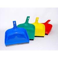 Plastic Dust Pans