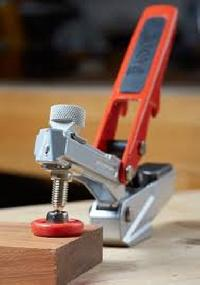 Auto Clamping System