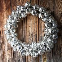 Decorative Christmas Hangings
