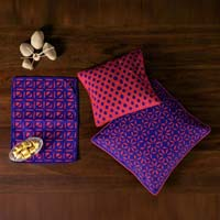 Applique Cushion Cover and Placemat Set