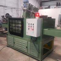 CNC Type Vertical Milling Machine