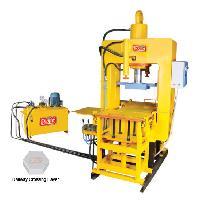 (Model No. P/03) Paver Block Machine