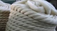 Semi Worsted Wool Yarn
