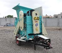Groundnut Thresher (Double Blower)