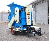 Groundnut Thresher (single Blower)