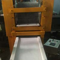 Automatic Chocolate Lentils Depositing Machine