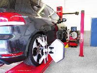 Auto Wheel Aligner