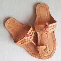Ladies Leather Kolhapuri Slippers