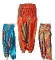 Ladies Mulicolored Flowers Design Harem Capri Pants