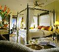 Designer Wooden Poster Bed