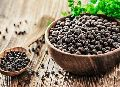 Dried Black Pepper Seeds