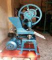 6 Die Camphor Tablet Making Machine