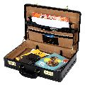 Hard Craft Faux Leather Executive Expandable Briefcase (Black)