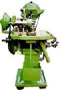 screw head slotting machine
