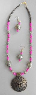 Plastic Beads Necklace Set
