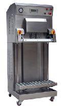 Semi Automatic Pneumatically Operated Vacuum Pack