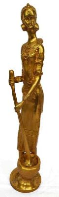 Home decor metal brass made standing Lady figure