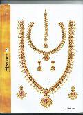 91.6 Hallmarked Gold Jewellery
